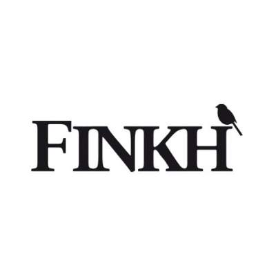 "<a href=""http://www.finkh.at/"" target=""_blank""><span style=""font-size: 15px; color: #ffffff;"">Restaurant Finkh</a>"